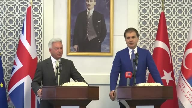turkish eu affairs minister omer celik and british minister of state for europe and the americas alan duncan attend a joint press conference... - alan duncan stock-videos und b-roll-filmmaterial