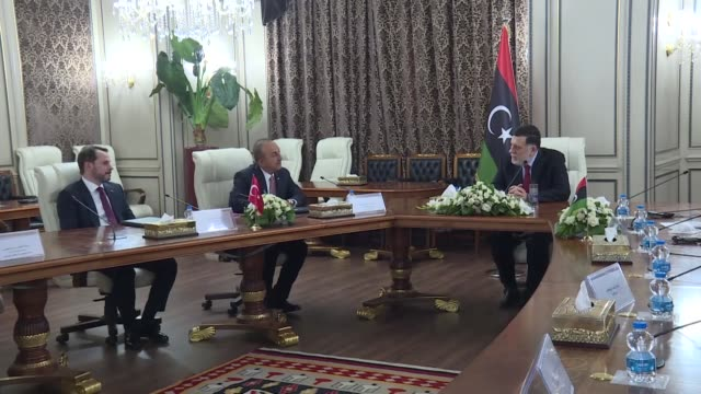 stockvideo's en b-roll-footage met turkish foreign minister mevlut cavusoglu along with other government ministers met with libyan prime minister fayez alsarraj on wednesday turkey's... - libië