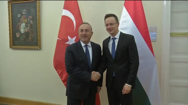 turkish foreign minister mevlut cavusoglu meets hungarian foreign minister peter szijjarto in budapest, hungary on february 09, 2016. - ungarische kultur stock-videos und b-roll-filmmaterial