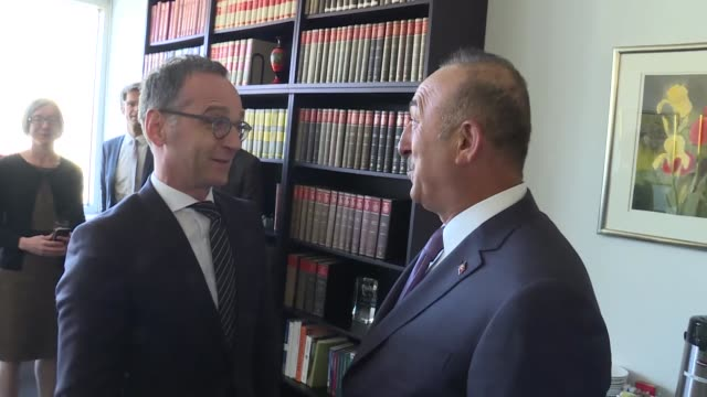 turkish foreign minister mevlut cavusoglu meets with german foreign minister heiko maas in new york united states on april 23 2018 - 大臣点の映像素材/bロール