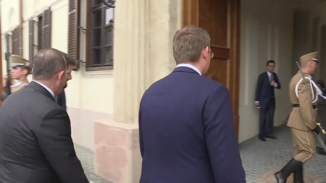 turkish foreign minister mevlut cavusoglu meets with hungarian prime minister viktor orban in budapest hungary on may 03 2019 - osteuropäische kultur stock-videos und b-roll-filmmaterial
