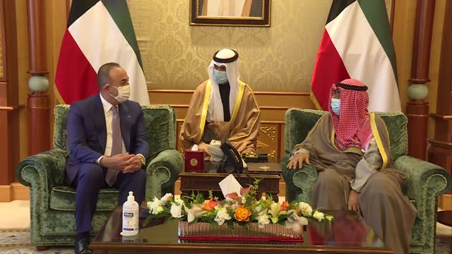 turkish foreign minister mevlut cavusoglu meets with kuwaiti crown prince sheikh mishal al-ahmad al-jaber al-sabah on february 09, 2021 in kuwait... - シャイフ点の映像素材/bロール