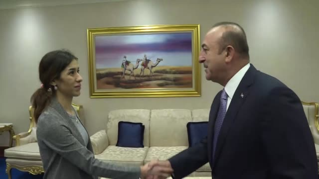 turkish foreign minister mevlut cavusoglu meets with nadia murad an iraqi yazidi activist who was awarded this year's nobel peace prize on the... - ノーベル平和賞点の映像素材/bロール