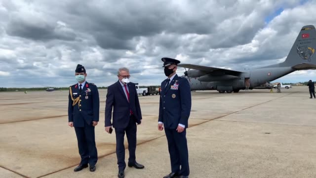 turkish military cargo plane carrying the second batch of medical supplies landed in the us on may 01 2020 to deliver aid to its nato ally battling... - cargo container stock videos & royalty-free footage