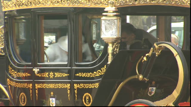 turkish president abdullah gul state visit ceremonial welcome at horse guards parade queen prince philip abdullah gul and hayrunnisa gul waiting and... - horse guards parade stock videos and b-roll footage