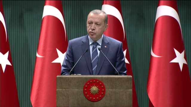 Turkish President Recep Tayyip Erdogan addresses to a delegation of Islamic NGOs at the Presidential Palace on August 18 2016 Turkish President Recep...