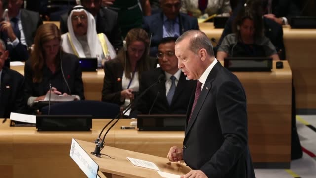 turkish president recep tayyip erdogan delivers a speech during leaders' summit on the global refugee crisis within the 71st session of the un... - vereinte nationen stock-videos und b-roll-filmmaterial