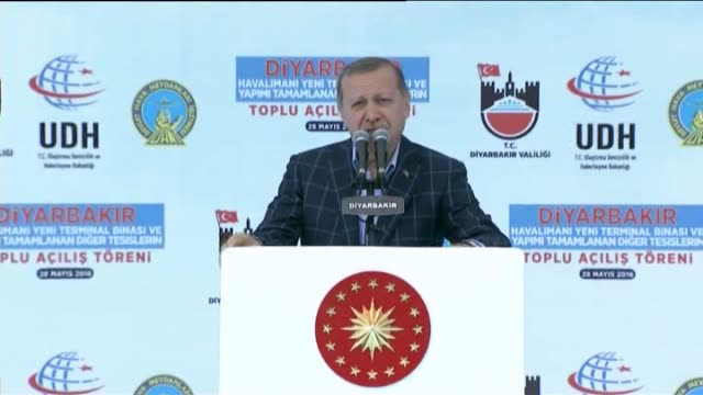 turkish president recep tayyip erdogan delivers a speech during the mass opening ceremony of new facilities in diyarbakir, turkey on may 28, 2016.... - speech stock videos & royalty-free footage