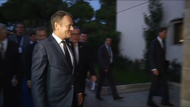 vidéos et rushes de turkish president recep tayyip erdogan, european council president donald tusk and european commission president jean-claude juncker hold a... - 2015