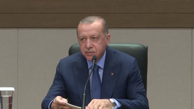 turkish president recep tayyip erdogan holds a news conference ahead of his visit to new york for the un general assembly at ataturk airport in... - vereinte nationen stock-videos und b-roll-filmmaterial