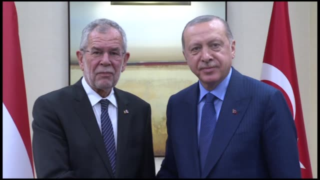 turkish president recep tayyip erdogan meets his austrian counterpart alexander van der bellen within the 73rd session of united nations general... - オーストリア文化点の映像素材/bロール