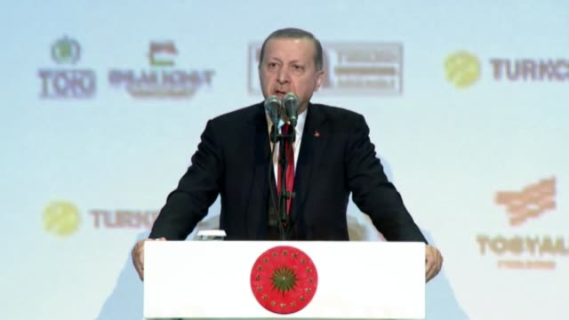 Turkish President Recep Tayyip Erdogan speaks during the 16th MUSIAD EXPO and 20th International Business Forum Congress in Istanbul on November 09...