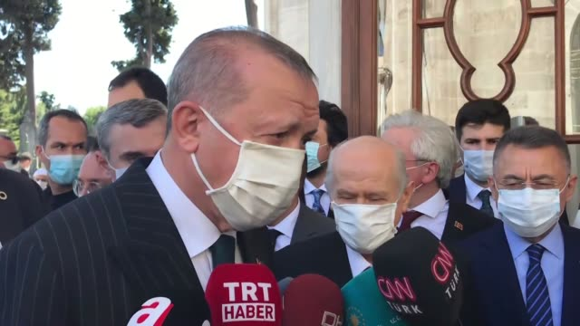 turkish president recep tayyip erdogan visited the tomb of ottoman sultan fatih sultan mehmet conquerer of istanbul following the opening of hagia... - {{relatedsearchurl(carousel.phrase)}} stock-videos und b-roll-filmmaterial