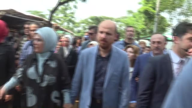 cox's bazar bangladesh september 7 turkish president recep tayyip erdogan's wife emine erdogan accompanied by turkish foreign minister mevlut... - 2017 stock-videos und b-roll-filmmaterial
