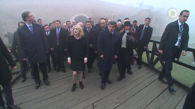 stockvideo's en b-roll-footage met turkish prime minister ahmet davutoglu and serbian prime minister aleksandar vucic visit damat ali pasha shrine and sokollu mehmed pasha fountain at... - minister president