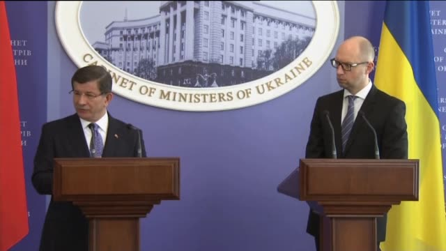 Turkish Prime Minister Ahmet Davutoglu and Ukrainian Prime Minister Arseniy Yatsenyuk hold a joint press conference following their meeting in Kiev...
