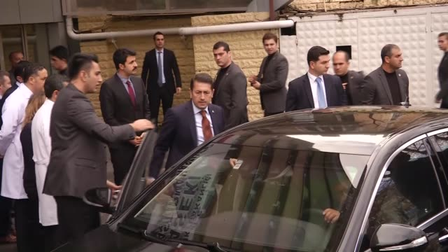 vídeos de stock e filmes b-roll de turkish prime minister ahmet davutoglu, his wife sare davutoglu, turkish interior minister efkan ala, turkish health minister mehmet muezzinoglu and... - prime minister