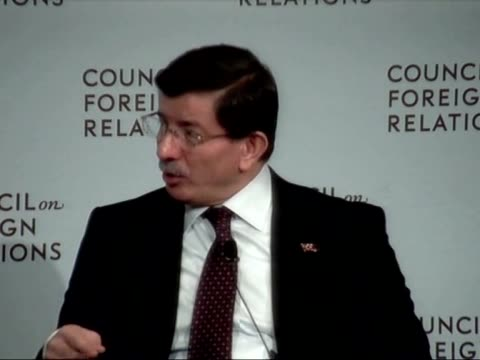 turkish prime minister ahmet davutoglu speaks during the annual conference of council on foreign relations in new york united states on march 05 2015 - türkischer premierminister stock-videos und b-roll-filmmaterial