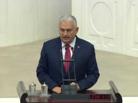turkish prime minister binali yildirim and kemal kilicdaroglu head of the republican people's party spe during the special session at tbmm as part of... - türkischer premierminister stock-videos und b-roll-filmmaterial