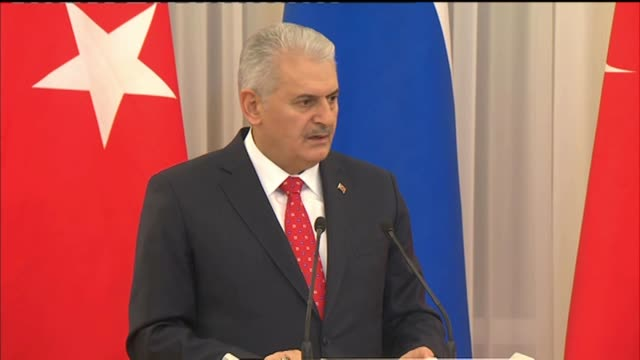turkish prime minister binali yildirim and russian prime minister dimitry medvedev attend joint press conference in moscow russia on december 06 2016 - türkischer premierminister stock-videos und b-roll-filmmaterial