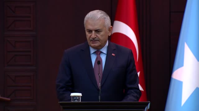 Turkish Prime Minister Binali Yildirim speaks during joint press conference with his Somali counterpart Hassan Ali Khayre at the Cankaya Mansion in...