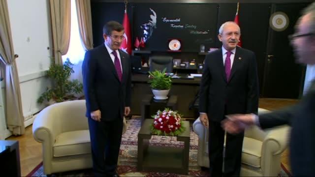 turkish prime minister of turkey ahmet davutoglu meets republican peoples' party leader kemal kilicdaroglu at grand national assembly of turkey in... - トルコ首相点の映像素材/bロール