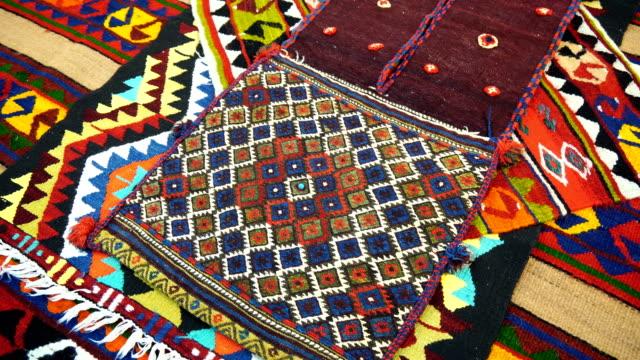türkische teppich - teppich stock-videos und b-roll-filmmaterial