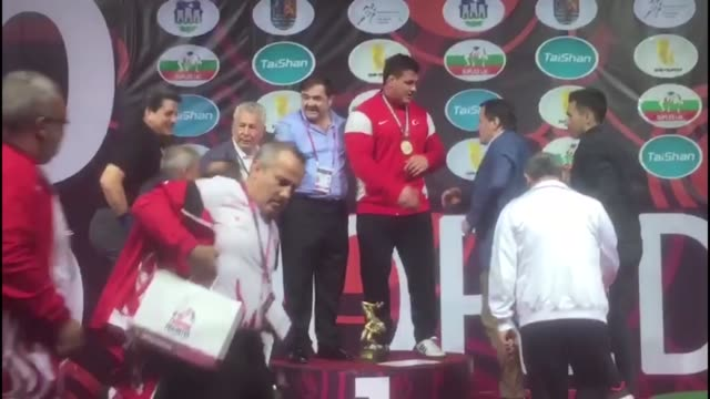 Turkish wrestler Riza Kayaalp won a gold medal – the seventh in his career at the 2017 European Wrestling Championships in Novi Sad Serbia on May 06...