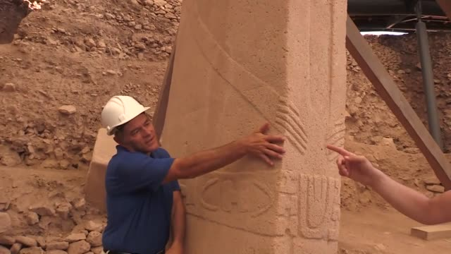 """turkish-american surgeon and author dr. mehmet oz will introduce the """"world's oldest temple"""" gobeklitepe in southeastern sanliurfa province in his... - メフメト オズ点の映像素材/bロール"""