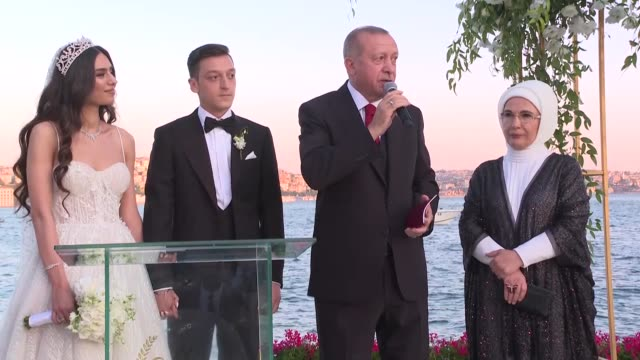turkish–german striker mesut ozil tied the knot with amine gulse on friday in istanbul president recep tayyip erdogan and first lady emine erdogan... - sportplatz stock-videos und b-roll-filmmaterial