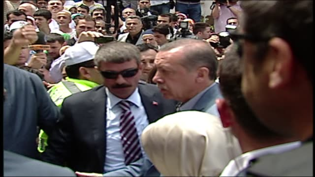 turks went to the polls sunday in parliamentary elections, with the islamist-rooted justice and development party set to win a third straight term in... - recep tayyip erdoğan stock videos & royalty-free footage