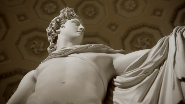 turning close shot showing torso of apollo belvedere - italian culture stock videos & royalty-free footage