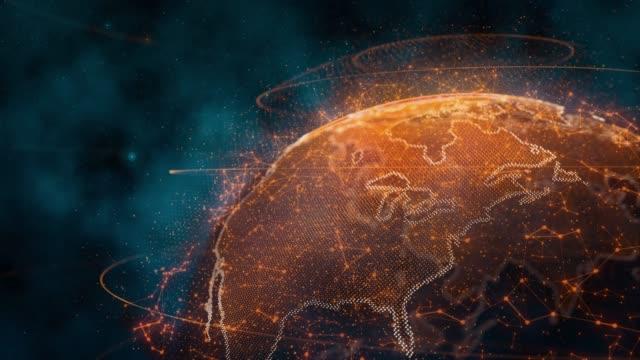 vídeos de stock, filmes e b-roll de girando o globo holográfico com pontos de conexão - computação em nuvem