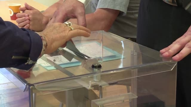 turnout for the first round of voting to elect members of the french national assembly reached 4075% at 1700 according to the interior ministry a... - french national assembly stock-videos und b-roll-filmmaterial