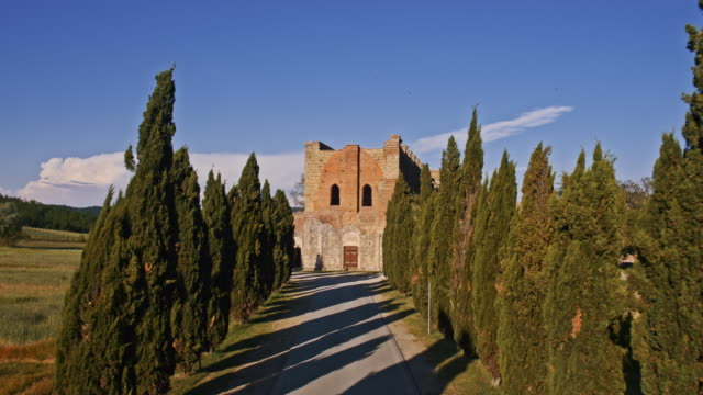 Tuscany Abbey