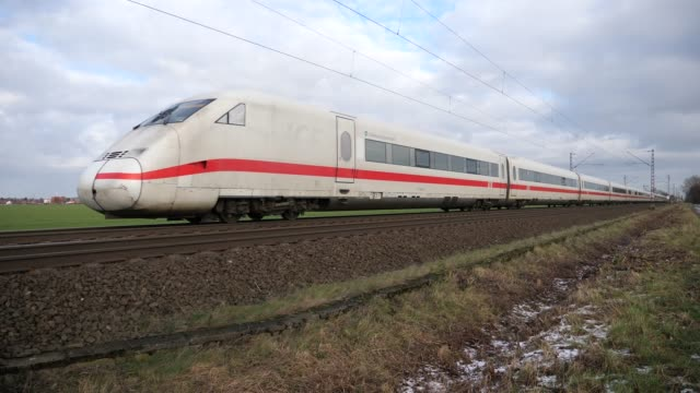 ice tussen osnabrück en hannover - rail transportation stock videos & royalty-free footage