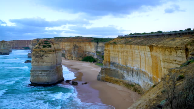 twelve apostles limestone stacks and cliffs victoria australia - port campbell national park stock videos & royalty-free footage