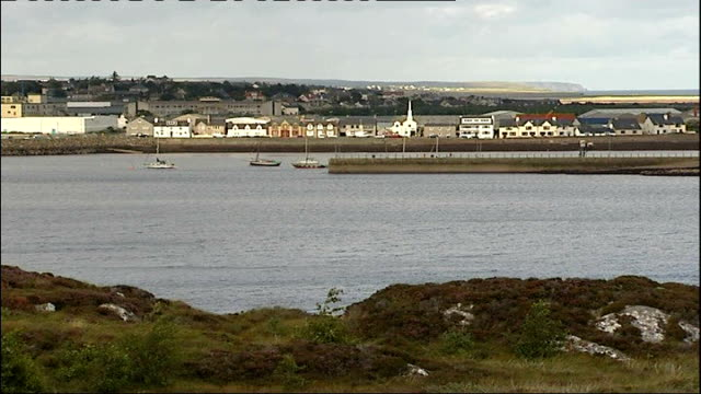 Twelveyearold girl abducted in Stornoway Family friend says girl went willingly with her father SCOTLAND Isle of Lewis Stornoway EXT General view...