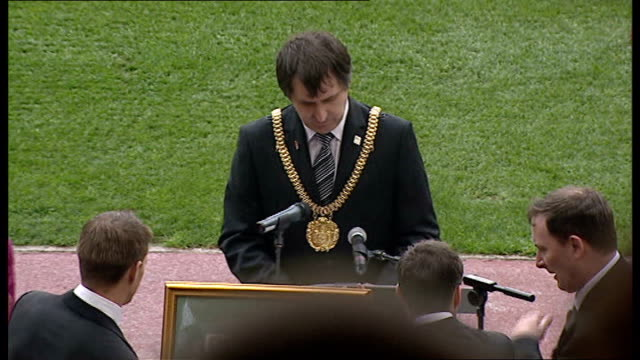 twentieth anniversary of hillsborough disaster memorial service jamie carragher steven gerrard and liverpool manager rafael benitez down steps to... - memorial event stock videos and b-roll footage
