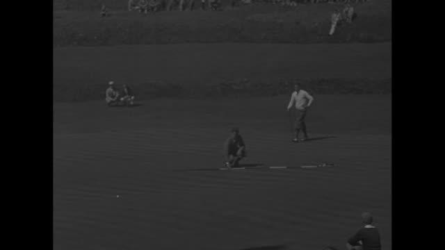 twentyyearold golfer tom creavy tees off at the pga championship and walks away as denny shute tees off spectators in bg / ls fairway at wannamoisett... - tom green stock-videos und b-roll-filmmaterial