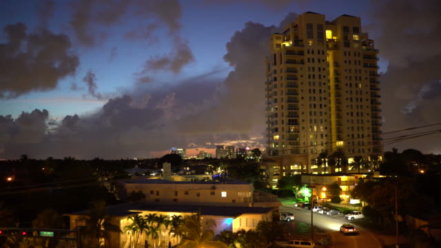 Twilight/Dusk, Fort Lauderdale Skyline, High Rise Hotel
