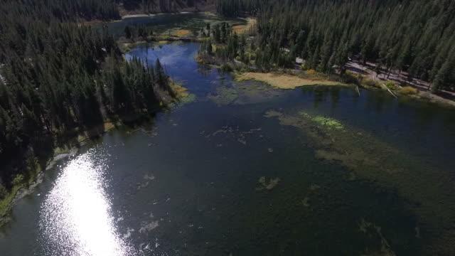 twin lakes mammoth california - mammoth lakes video stock e b–roll