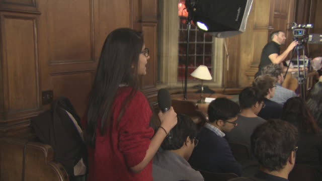 INTERVIEW Twinkle Khanna on her views on women at work with period pains at 'Pad Man' Producer Twinkle Khanna addresses The Oxford Union at The...