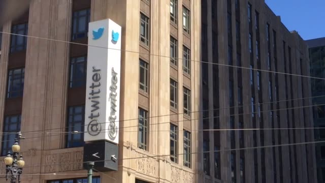 stockvideo's en b-roll-footage met twitter announces it will partner with mlb and nhl to lifestream games. b-roll footage of twitter headquarters. - hoofdkantoor