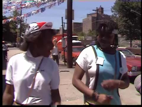 stockvideo's en b-roll-footage met two africanamerican girls calling themselves the royalty ladies rap on a bronx sidewalk - hiphop