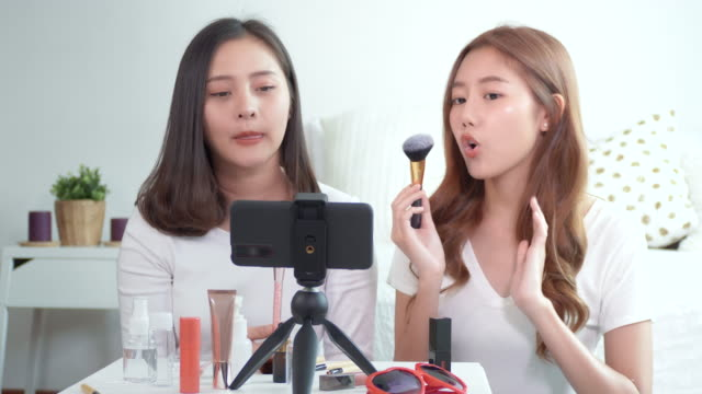 two beauty women vlogger present cosmetics. - live broadcast stock videos & royalty-free footage