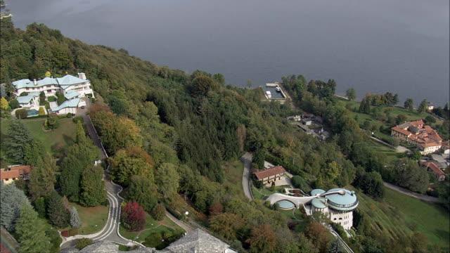 due inizi del xx secolo e case-vista aerea-piemonte, la provincia di novara, san maurizio d'opaglio, italia - piemonte video stock e b–roll