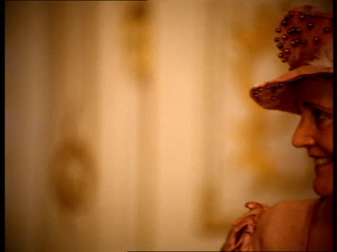 vídeos de stock e filmes b-roll de two high-class women speak at a party. - século xviii