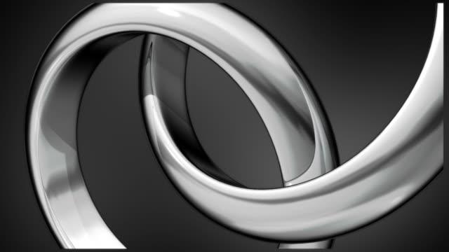 vídeos y material grabado en eventos de stock de dos anillos de plata composición - dos objetos
