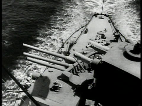 stockvideo's en b-roll-footage met two soviet russian battleships at sea ha ms destroyer ship's cannons on deck ms cruiser cu cannon barrels turning ws torpedo boats at sea wwii - kanon